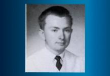 Roark ,Jerry W